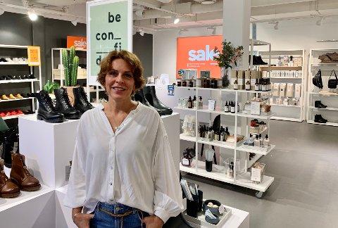 - OPTIMIST: Det er tøffe tider, men et åpenhjertig innlegg på sosiale medier gjorde at kundekretsen til Line Westlie ble utvidet. Nå håper hun det fortsetter, så hun slipper å legge ned butikken.