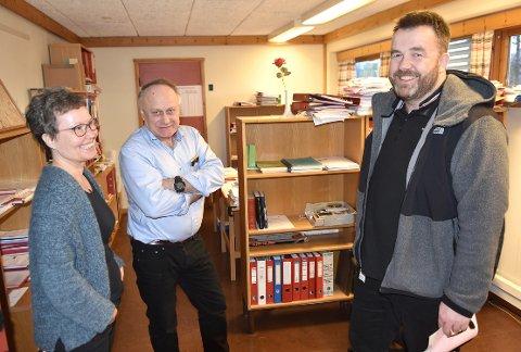 SØKER: Magne Jøran Belsvik (til høyre) er enhetsleder for teknisk, landbruk og miljø i Heim, og søker på stillingen som kommunedirektør i Heim. Det samme gjør Anita Ørsal Oterholm, hun er assisterende rådmann i Heim og tidligere rådmann i Halsa. Lars Wiik (i midten).