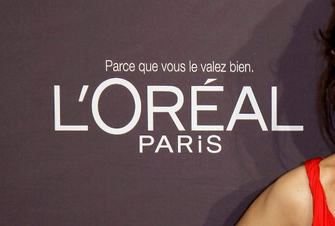 «Hvit», «bleking» og «lys» er ord som ikke lenger skal stå på produktene til den franske kosmetikkgiganten.