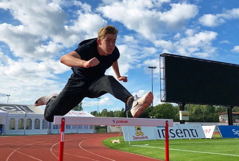 Håkon Yri Aaberg, her fra en trening på Nadderud, har nettopp meldt seg inn i TT&IF. Han har også tidligere vært med i friidrettsgruppa i Tvedestrand. Foto: Jenny Aaberg