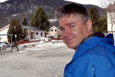 Tor Erling Sæthre er glad Silje Diserud og Olaf Diserud har sagt ja til å bli med videre i styret. Foto:Arkiv