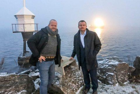 Fornøyd: Leder i Marinreparatørene Lars Dalen er fornøyd med torsdagens vedtak. Her sammen med leder i Indre Oslofjord Undervannsklubb Kjetil Rygh på Tangen brygge. Arkivfoto: