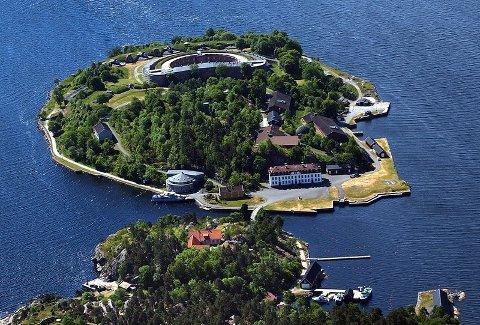 Hotellet på Oscarsborg er den bedriften som har fått mest korona-støtte. Men det har sin naturlige forklaring.