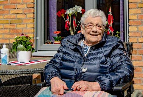 FLOTT ARRANGEMENT: Marit Østenå (89) nøt stunden, som ble svært så minnerik for henne.