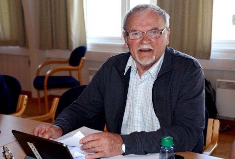 Valgnemndas leder Lars Jostein Holten.
