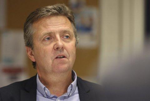 I tvil: Rådmann Trond Aslaksen sier han er i tvil om hvilken NAV-modell som er best. Nå tar han de politiske signalene, som vender tommelen ned for Arendal, til følge når han nå leverer sin innstilling til bystyret.foto: Stig Sandmo