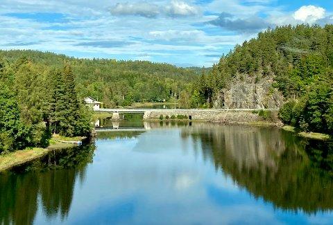 GJERSTAD-VEGÅR: Gjerstadvassdraget, som munner ut i Søndeledfjorden, er en del av vannområdet Gjerstad-Vegår. Det samme er Vegårvassdraget, som går ut i Sandnesfjorden.