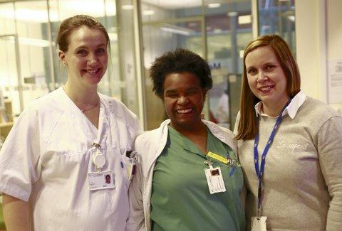 – viktig tiltak: Sykepleierne Trude Emilie Særvoll og Rosa Reyes er enig med bedriftsjormor Maren Marie Karlsen om at oppfølging av gravide ansatte er viktig. foto: Tommy soltvedt