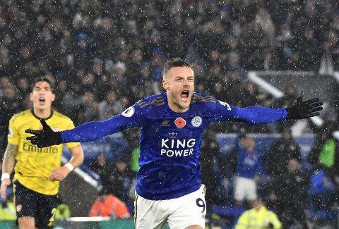 Leicester City' og Jamie Vardy starter ofte hjemmekampene litt tregt, men de kjører over motstanderne de siste 45 minuttene. Her jubler Vardy etter å ha scoret mot Arsenal hjemme på King Power Stadium.
