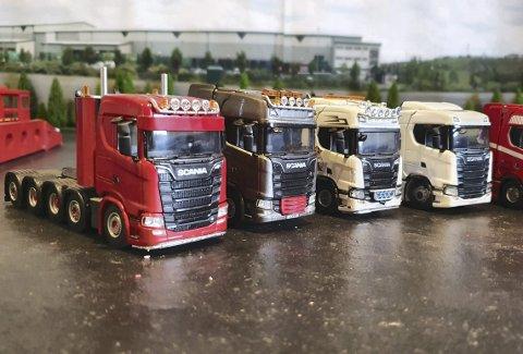 På rekke og rad – og dette er bare en liten del av alle typer lastebiler i størrelsen 1:50 som Roger Nordvik enten har kjøpt fiks ferdig eller bygget selv. Foto: PRIVAT
