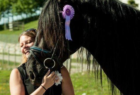 Satser: Marie Bergenhem satser på hest og opplæring i akademisk ridekunst.