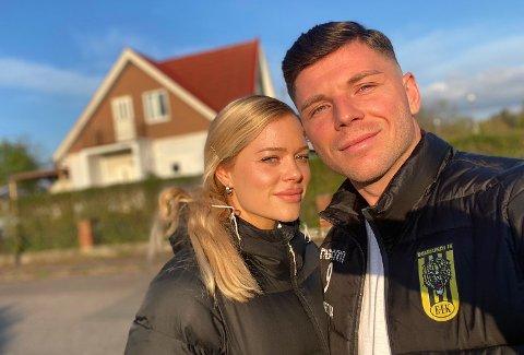 PAR: Ermal Hajdari sammen med kjæresten Louise Svensson. De to har vært et par de siste ni årene, men kun to av dem har de bodd i samme land.