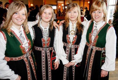 Illustrasjonsfoto. f.v. Elisa Enstad Johannesen, Vanja Enstad, Venke Enstad og Leni Enstad Johannesen.