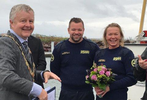 GIFT: Kristin Nærsnes og Kjetil Stenseth ble i forrige uke viet av ordfører Are Karlsen på redningsskøyta RS 127 Ryfylke.