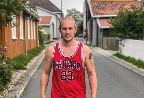 Kristian Sætre (24) fra Årnes er snart å se på TV-skjermen. Denne høsten deltar han i et nytt og spennende datingprogram på TV2.