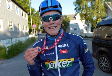 NM-BRONSE: Lillehammer-gutten Anders Skaarseth spurtet inn til NM-bronse i gaterittet fredag kveld.