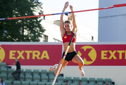Moelv-jenta Lene Retzius er storfavoritt til NM-gullet i stav.