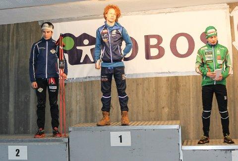 Johan Unneberg (tv) fra TFL ble nummer to i H17-klassen under Oslo Skifestival i Holmenkollen.
