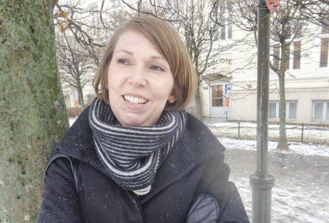 Forfattere på besøk: Nestleder i Halden Litteraturforening Vilde Heggem.