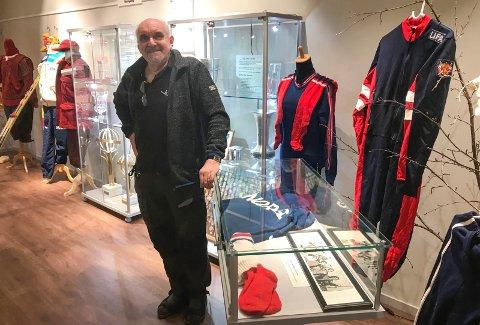 I forbindelse med at Hattrennet ble arrangert for 80. gang åpnet en skihistorisk utstilling i Fjellfolkets Hus. Helgeland Museum og Ansgar Kleven står bak