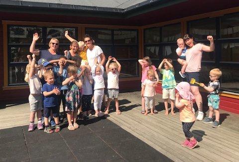 Regnbuen barnehage i Mosjøen kjemper om å bli Årets barnehage 2020.