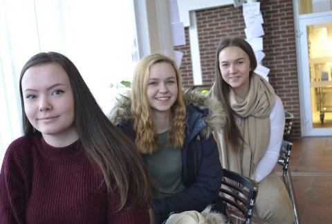 Ble vaksinert mot kreft: Thea Mathisen, Kristin Aronsen og Malin Knudsen var blant de første som fikk tilbud om vaksinen da de gikk i 7.-klassen. foto: Kristina bøland