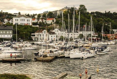 Støy: Gjestehavna på Barthebrygga ligger rett under anleggsområdet.Foto: Jimmy Åsen