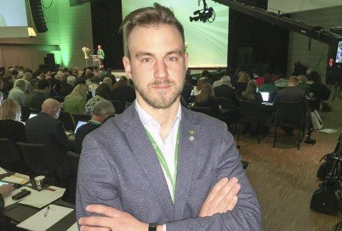 SYKEMELDT: Drangedals ordfører Tor Peder Lohne er sykemeldt. Bildet er tatt ved en annen anledning.