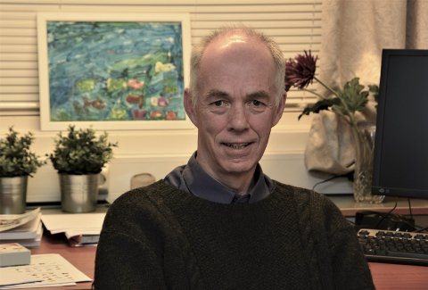 PUST ROLEG : Psykolog Sturla Helland seier at ein ikkje må vera redd for den panikken ein eventuelt kjenner på no, fordi den er heilt naturleg. – Det går over, trøystar han.