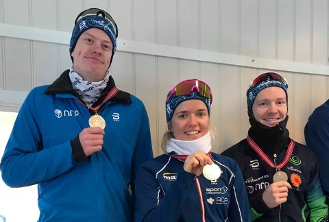 NM-SØLV: Fra venstre: Herman Dramdal Borge, Mari Wetterhus og Oskar Bjørndalen Mathisen. FOTO: LISE WETTERHUS