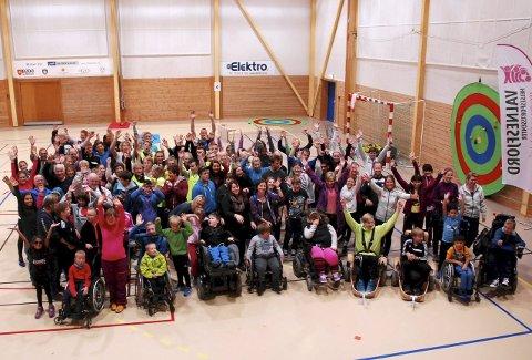 Grenseløs idrettsdag: Dette bildet er fra idrettsforbundets landsdekkende konsept for aktivitetsdag for funksjonshemmede i oktober i fjor. Bildet er tatt i Mørkvedhallen i Bodø.Foto: Privat