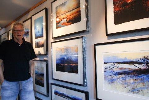 GALLERI OLE ERTZEID: Mellom 50 og 60 bilder er å se i utstillingen i Galleri Ole Ertzeid.