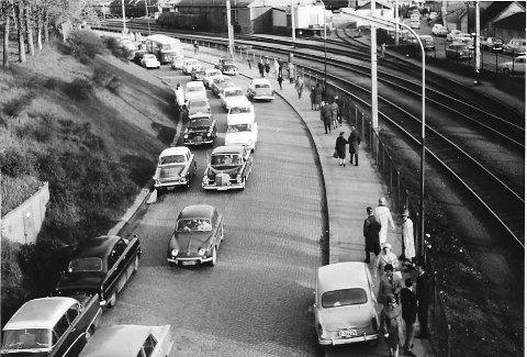 Jernbanegata: Bilparken på 50-60 tallet hadde et umettelig behov for billige reservedeler og var således det viktigste næringsgrunnlaget for denne spesielle delen av bilbransjen. alle foto: johan rynnås