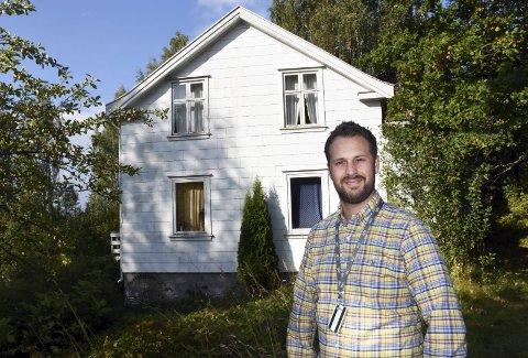 SOLGT: Dette huset i Fall hadde en prisantydning på kun 150.000 kroner og ble solgt for 440.000 kroner. Arkivfoto: Per Skjønberg