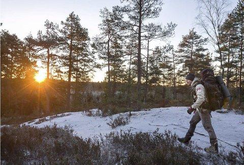 Sørmarka: Naturen er som regel et eventyr i seg selv. Dette bildet er hentet fra en reportasje ØB hadde om Andreas Orset i januar, da traff vi han i Sørmarka, øst for Kråkstad.Foto: Bjørn V. Sandness