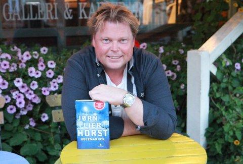 Rik på krim: Forfatter Jørn Lier Horst hadde et godt år i fjor med over 8.7 mill inn på konto. Pengene stammer i hovedsak fra salget av boka «Hulemannen». Arkivfoto: Tonje Skjørtvedt