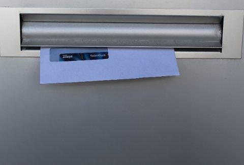 TØMTE KONTOEN: En kvinne fra Larvik fikk frastjålet sitt bankkort og PIN-brev da hun var på ferie. Tyven forsynte seg grovt og tømte den nyåpnede bedriftskontoen for 30.000 kroner.