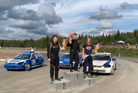 De tre beste i junior: på toppen Trond Simen Larsen, Torjus Svenneby på andre og Mats Marthinsen på tredje.