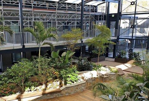 Leilighetene i Signaturhagen på Borgheim er beregnet for den voksne aldersgruppen og er blant annet tilknyttet en tropisk hage. I komplekset er det solgt mange leiligheter, nylig en til 4,2 millioner kroner.