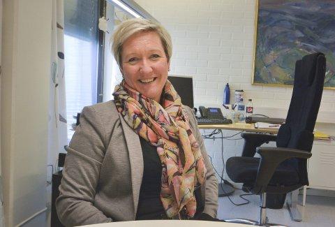 NYE KRITERIER: Kultur- og idrettssjef Mariann Eriksen mener idrettslinja og Kjølnes ungdomsskole er tidlig ute med å ytre sin bekymring om nok plass og tid i det nye idrettsanlegget på Kjølnes. Hun opplyser også at nye kriterier for tildeling av tid (kveld) i de kommunale idrettshallene skal behandles til våren.