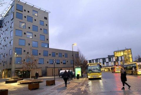 KNUTEPUNKT: Kammerherreløkka er knutepunktet som er høyt prioritert for videreutvikling i forbindelse med ny byvekstavtale. Men staten har ingen hast med Grenland.