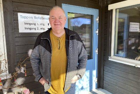 IKKE BEKYMRA: Bjørnar Hanssen er ikke bekymra over at AstraZeneca-vaksinen er midlertidig stanset. – Jeg føler meg veldig trygg på at den er ok og har tillit til myndighetene, sier han.
