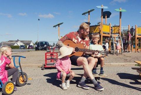 NY: Espen Svenungsen (39) har akkurat startet som styrer i Byggeklossen barnehage.