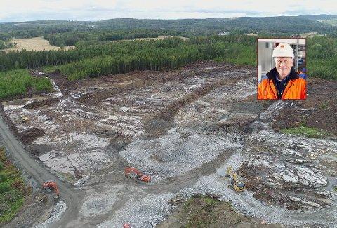 UTREDER: Egil Erstad i Østfold Energi opplyser at de er klare for å bygge et nytt anlegg på Holtskogen, men det er bare dersom Fortum også får bygge.