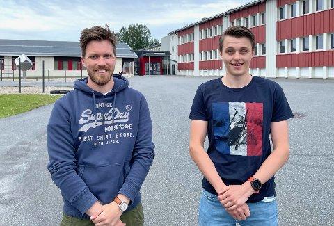STOLT LÆRER: Øystein Nyhus Kolle har i løpet av tre år undervist Oskar i engelsk, norsk, samfunnsfag og KRLE. Foto: Privat