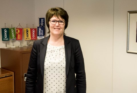 Regiondirektør i Coop Sørvest, Liv Skretting, ser fram til en god påskehandel og oppfordrer alle kunder til å tenke nøye over når de skal handle.