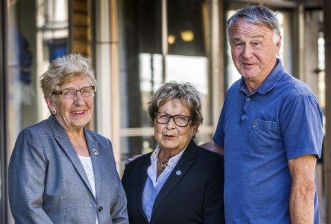 JUBILERER: Reidun Andreassen (t.v.), Gerd Skovdahl og Thorbjørn Olsen er alle sentrale når Pensjonistforbundet skal feire sitt 65-års jubileum i Sarpsborg til uken. FOTO: JOHNNY HELGESEN