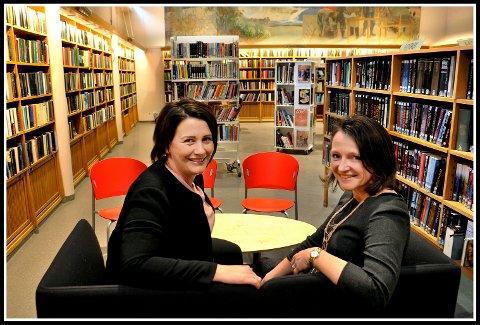 Fornøyde: Både  utvalgsleder for kultur og oppvekst i Sarpsborg kommune, Therese Thorbjørnsen og biblioteksjef Anette Kure har i lang tid arbeidet for å bygge et nytt hovedbibliotek. Nå er det klart at det blir noe av.