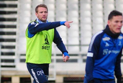 GOD START: Ole Jørgen Halvorsen mener Sarpsborg 08 har fått en god start under den nye treneren.