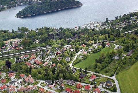 VÆR TÅLMODIG: Det kan være småsaker og klager som opplagt ikke vil gå igjennom, men likevel må man regne med opp til 6-8 måneders behandlingstid hos Fylkesmannen i Vestfold og Telemark.